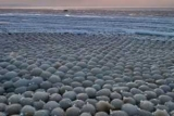 Knorr аномалии в виде шаров в Финляндии, изменил пляж, до неузнаваемости